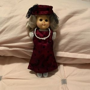"1986 VINTAGE VOGUE 8"" GINNY (MOMMY'S ATTIC) DOLL"